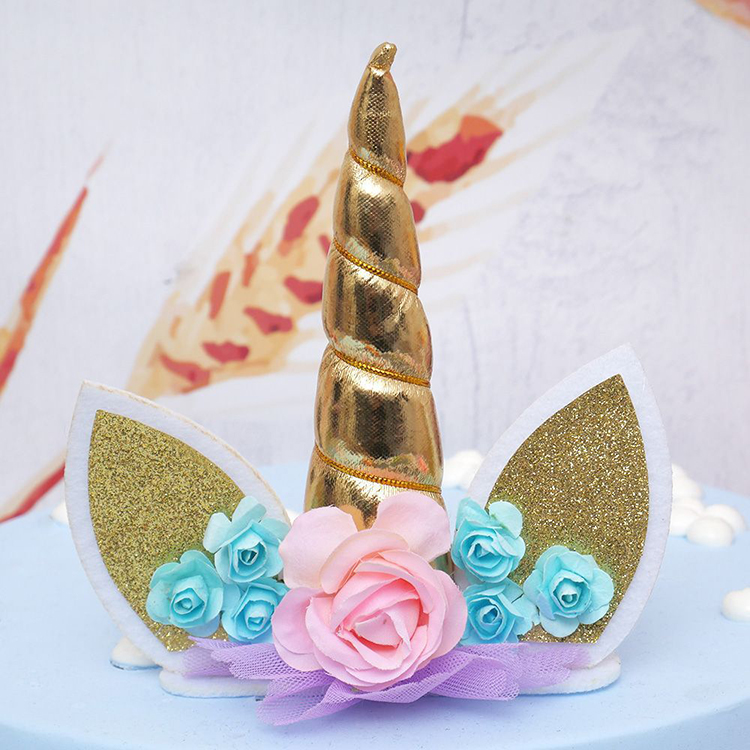 Unicorn party supplies Cake toppers